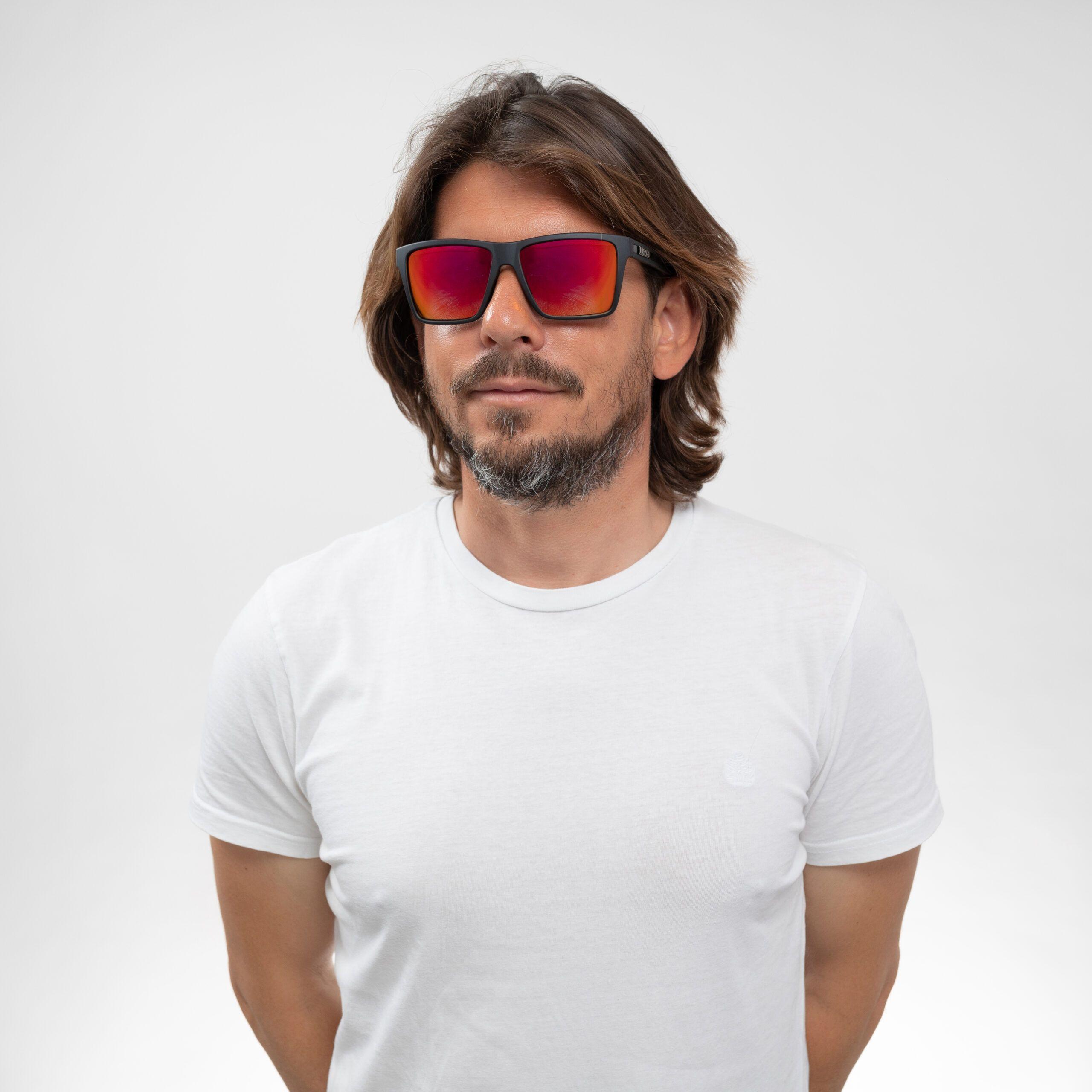 Gafas-de-sol-Liive42-scaled BAZZA | ESPEJO POLAR NEGRO GEMELOS